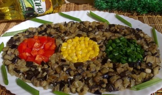 кукуруза баклажан