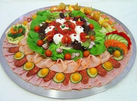нарезка колбас