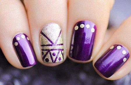 фиолетовый дизайн ногтей на новый год