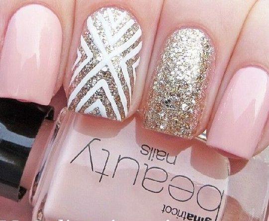 дизайн ногтей в персиковых тонах
