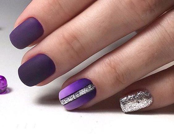 фиолетовый ногтевой дизайн ногтей