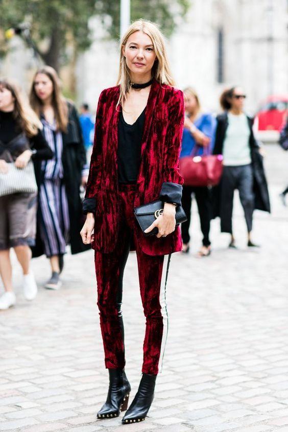 модные брюки 2019 2020 велюровые с лампасами