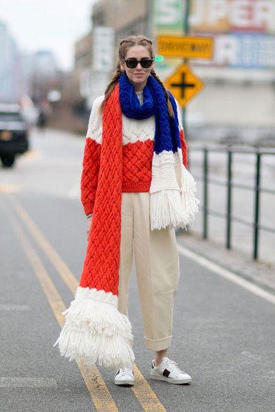 вязаные модные шарфы 2019-2020 яркие идеи