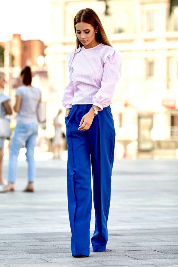 синие брюки широкие клеш 2019-2020