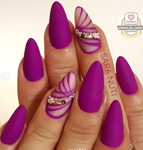 яркий насыщенный фуксия цвет на ногтях