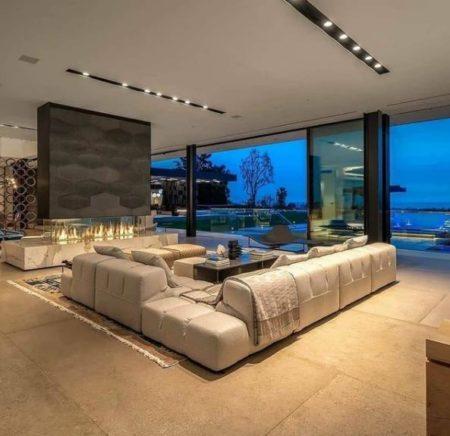 стильные дома как украшен интерьер